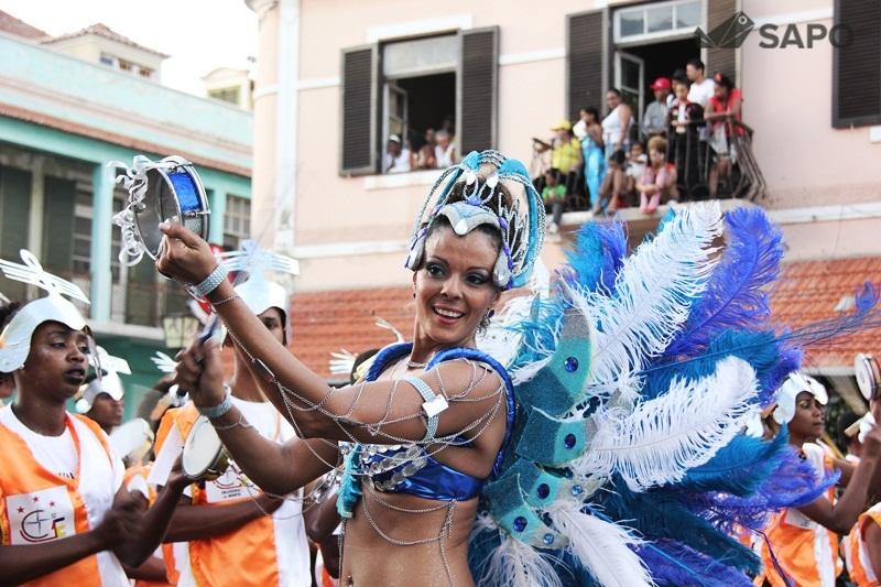 Desfile Cruzeiros do Norte   Carnaval 2015
