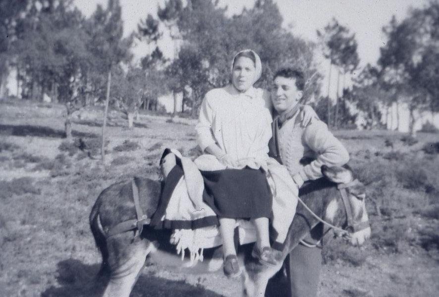 Pai, mãe e burro.jpg