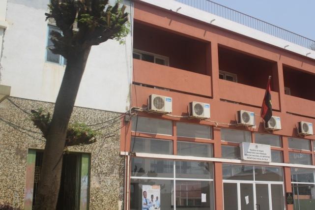 Edifício da Divisão financas de Waku Kungo. Kwanza Sul.Foto: Mayra Fernandes