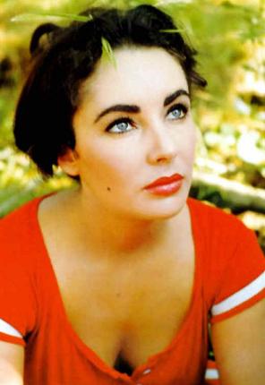 elizabeth taylor vermelho labios e olhos lindos