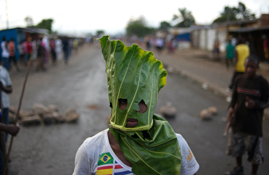 phil-moore--burundi-demonstrations-2015.jpg