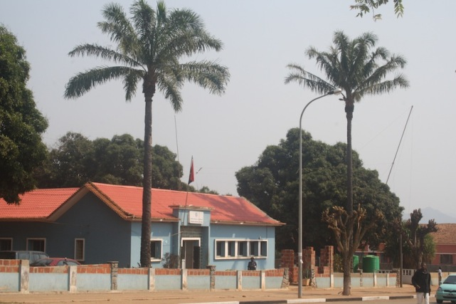 Comando Municipal de Waku Kungo. Kwanza Sul.Foto: Mayra Fernandes