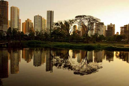 A cidade de Curitiba, capital do estado brasileiro