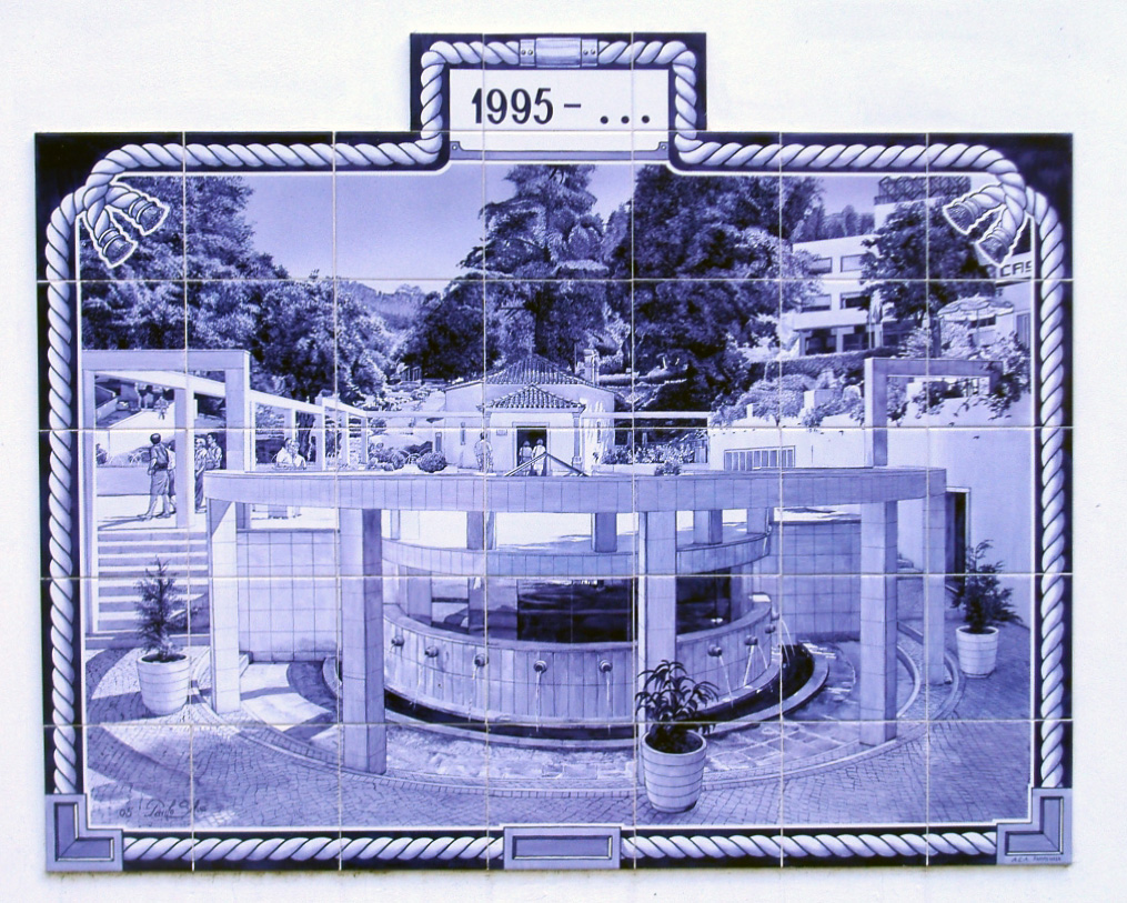 Luso - Azulejo 4 JPG copy.jpg