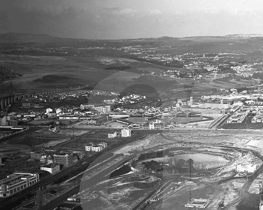 Vista aérea sobre o Praque Eduardo VII, Lisboa (Pinheiro Correia, ante 1937)