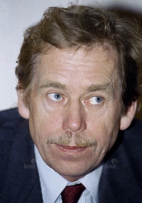 Checoslováquia Presidente Eleito Vaclav Havel