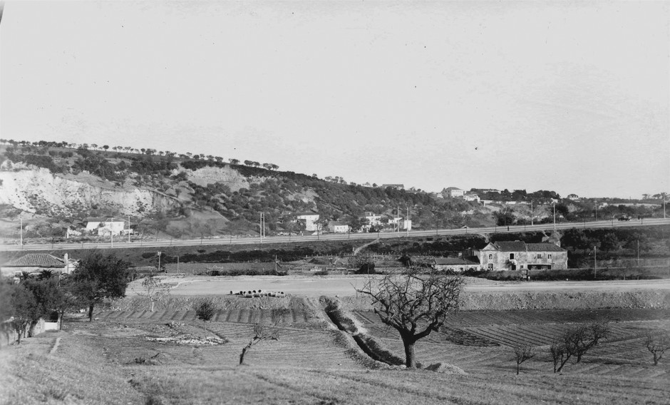 Panorâmica do Areeiro a partir da Quinta dos Lagares d'El-Rei, Lisboa (E. Portugal, 1947)